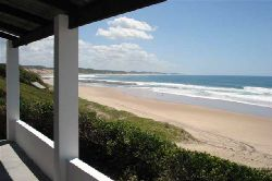 Inhambane Accommodation - Khanimambu Self Catering House