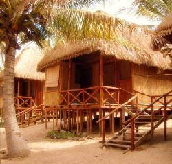 Inhambane Accommodation - Far Away Lodge