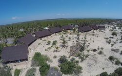 Mozambique Self Catering - Makolobay Resort